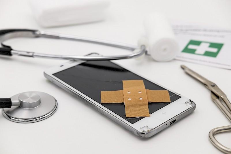 Asuransi Handphone AXA Mandiri